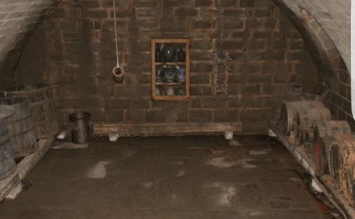Folterspiele mit untertänigem Sklaven